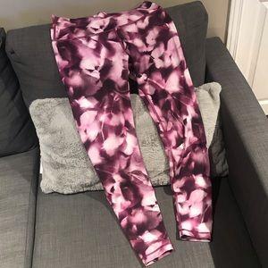 Lulu Lemon pink legging